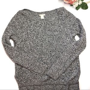 H&M | Textured Knit Hi-Lo Sweater Black White